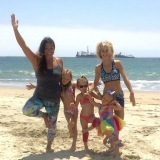 Yoga with Jenai joins Leah Messer, of Teen Mom 2, and her 3 girls for family yoga