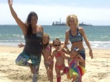 Yoga with Jenai joins Leah Messer, of Teen Mom 2, and her 3 girls for familyyoga